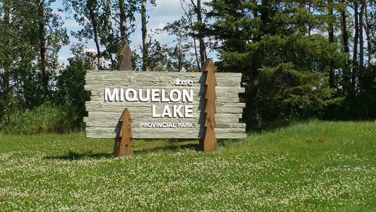 Miquelon Lake Provincial Park Sign