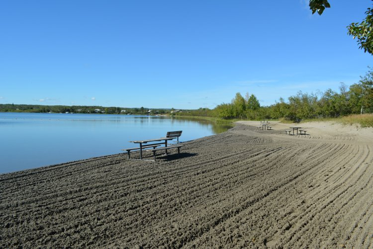 beach-at-dilberry-lake