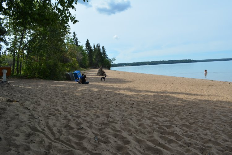 beaver-glen-beach-at-waskesiu-lake