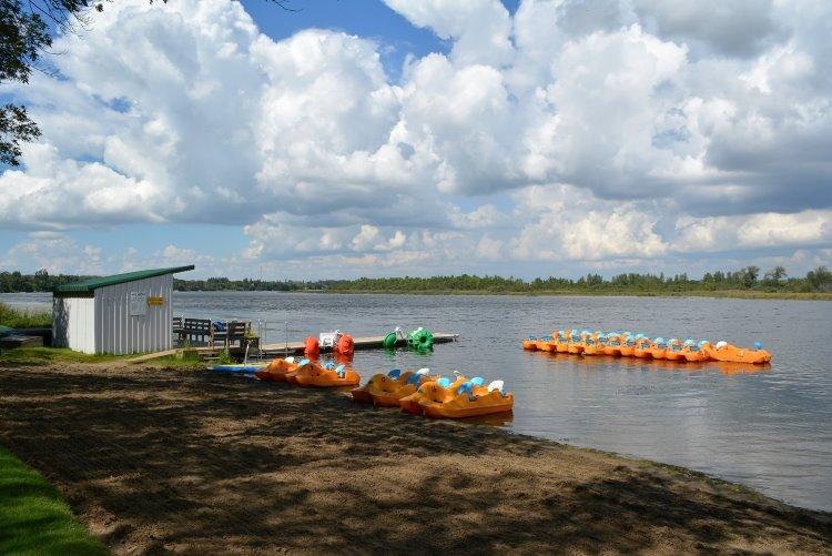 boat-rental-at-pike-lake-pp