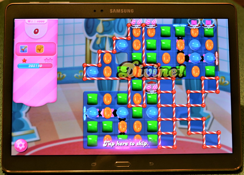 The finish screen of Level 4000 in Candy Crush Saga