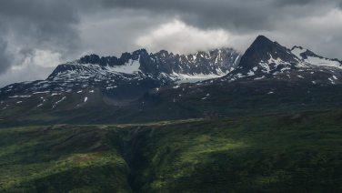 Eindrückliche Bergkette in Alaska.