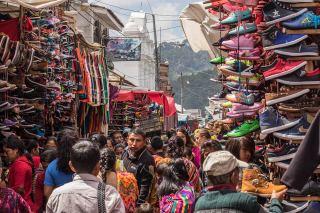 Buntes Treiben am Markt von Chichicastenango.
