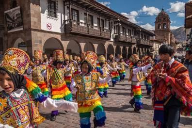Kinderumzug in Cusco.