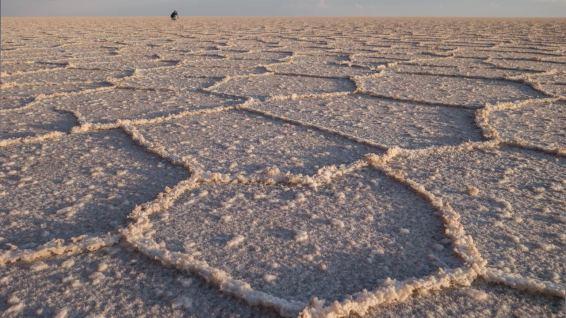 Im östlichen Teil fegte vor kurzem ein Sandsturm über den Salar.