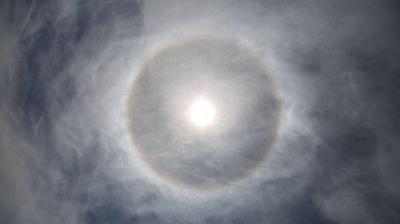 Bauernregel in Patagonien: Der Halo bedeutet Wind für den nächsten Tag.
