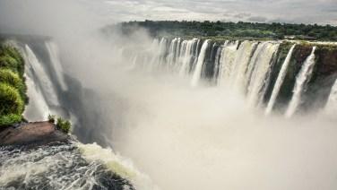 Die eindrückliche Argentinische Seite der Iguazu-Wasserfälle.
