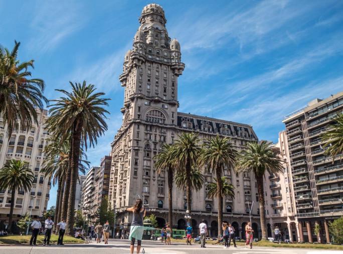 Montevideo: eine interessante Stadt. Aber ab 19.00 Uhr macht hier alles die Schoten dicht.
