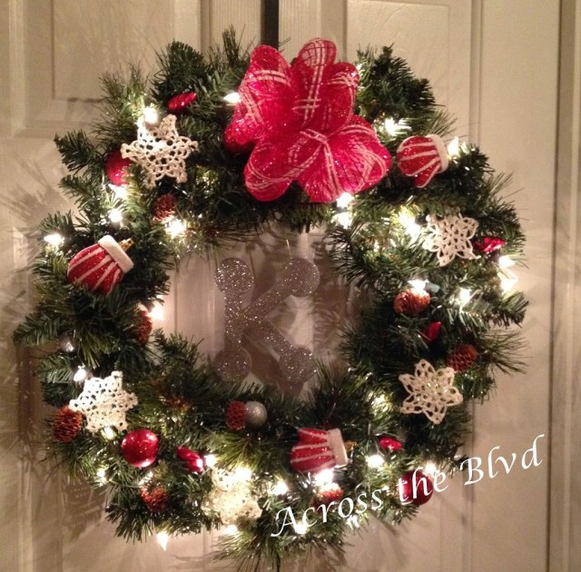 DIY Pre lit Christmas Wreath