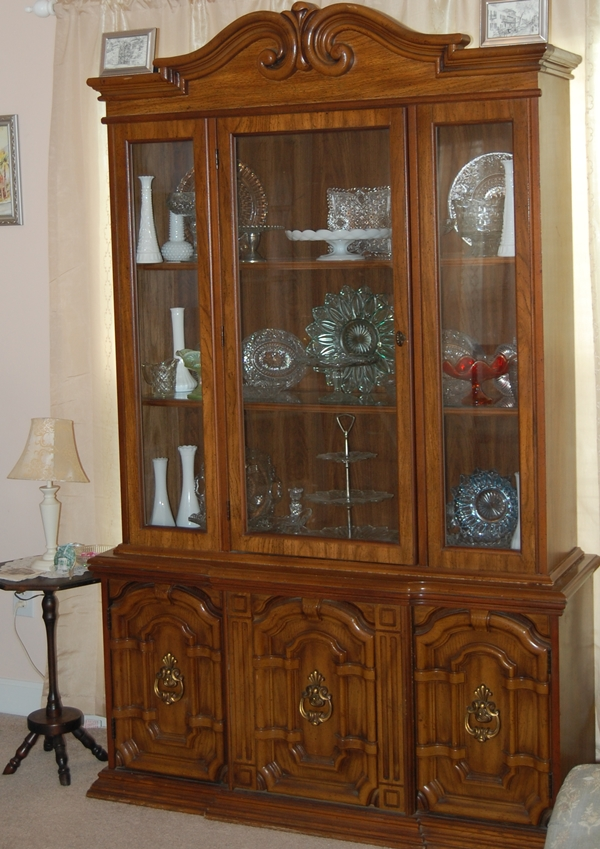 China Hutch Before