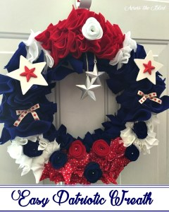 Easy Patriotic Wreath Across the Blvd