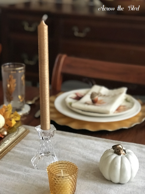 Thanksgiving Table Setting With DIY Place Cards candles