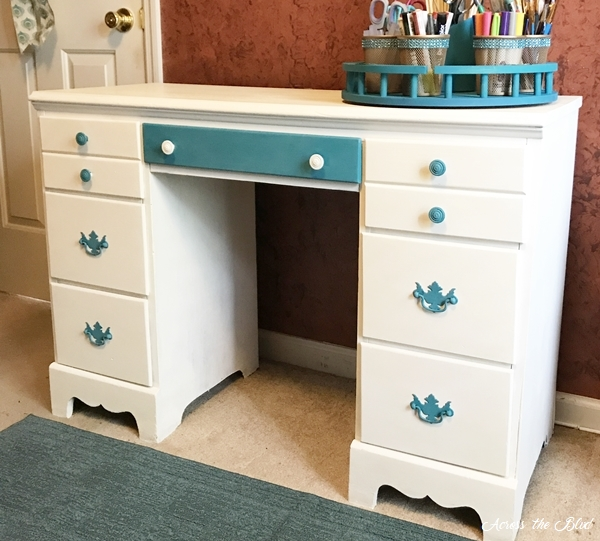 Desk Makeover With Chalk Paint