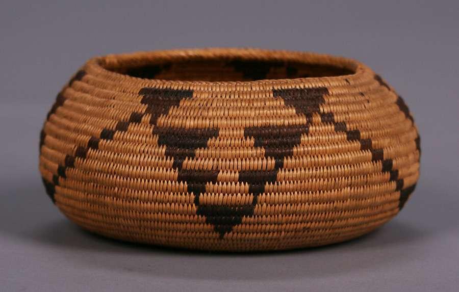 Native American Indian Basket Mono Lake Paiute c1920s
