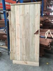 Garden gate builder and supplier. Swing timber gates.