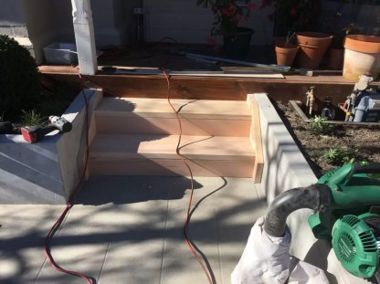 Timber backyard steps built. Builder for decking stairs. Garden steps supplied.
