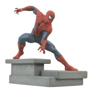 SpiderManStatue1