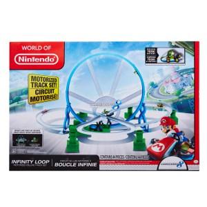 World of Nintendo. Mario Kart 8 Infinity Loop Motorized Deluxe Track Set IP