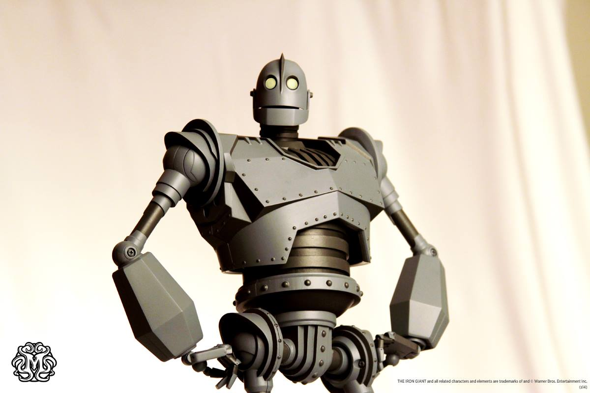 Iron Giant Deluxe Action Figure San Diego Comic-Con 2020 PREORDER AUGUST