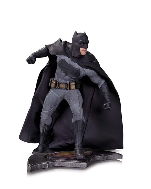 BMvSM_DoJ_Batman_Statue