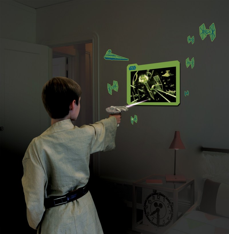 Millennium Falcon UV Light Laser - with Boy - Hi-Res