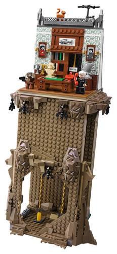 Lego66BatmanBatcaveSet4