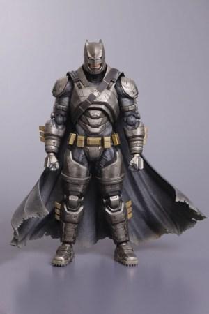 SquareEnix - Armored Batman Figure Hi Res
