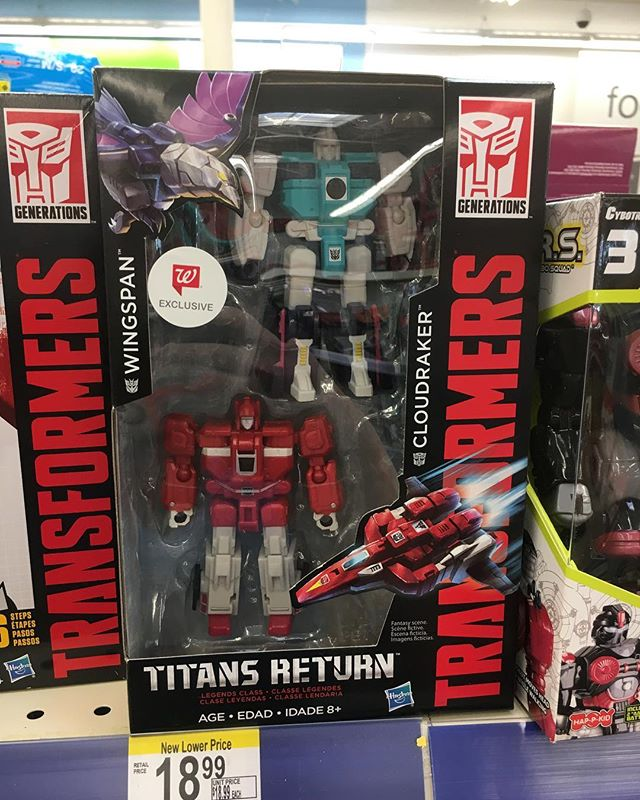 @walgreens exclusive @hasbro 2-pack is hitting stores now