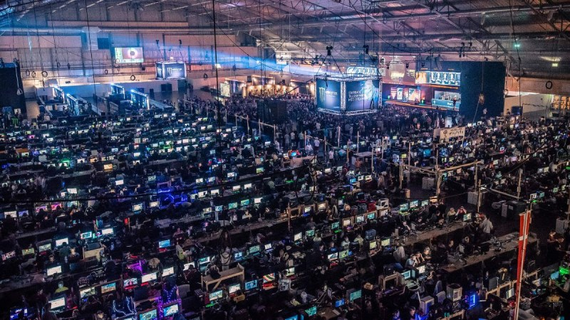 Action Figure Insider Dreamhack Announces 250 000 Fortnite Competitions At Winter And Anaheim Festivals The first stage is open for everyone to sign up and the best 200 of each heat advance to stage 2. dreamhack announces 250 000 fortnite