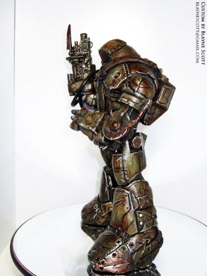 wasteland_titan_side_helmetedClassCyborg_MARK1_blaynescott