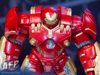 Toy Fair 2015 Hasbro Marvel Legends Hulkbuster Iron Man (3 of 22)