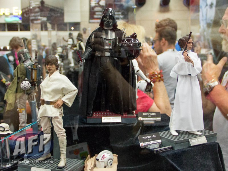 SDCC 2015 Hot Toys (1 of 51)