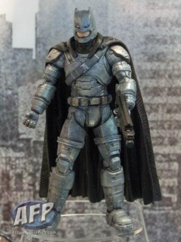 SDCC 2015 Mattel DC Multiverse Batman v Superman (Grappling Gun) Collect and Connect Wave (10 of 11)