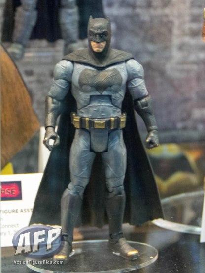 SDCC 2015 Mattel DC Multiverse Batman v Superman (Grappling Gun) Collect and Connect Wave (4 of 11)