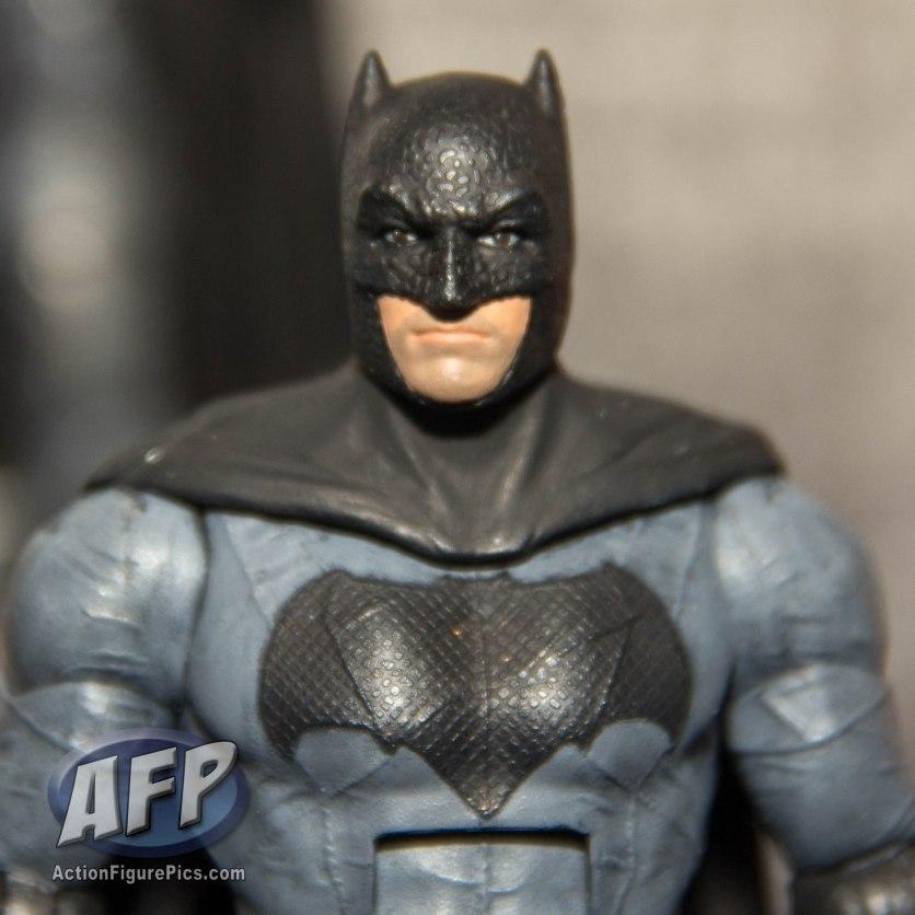 SDCC 2015 Mattel DC Multiverse Batman v Superman (Grappling Gun) Collect and Connect Wave (6 of 11)