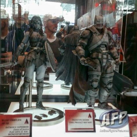 NYCC 2015 - Square Enix Play Arts Kai (12 of 32)
