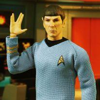 Mezco One 12 Collective Star Trek Spock 02