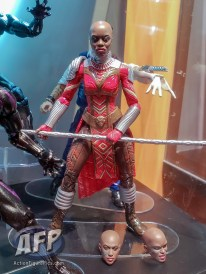 Marvel Legends Black Panther - 2nd reveal (12 of 15)