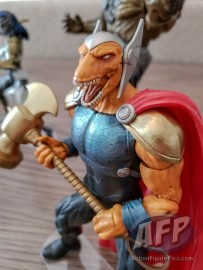 NYCC 2018 Hasbro Marvel Legends Beta Ray Bill (3 of 4)