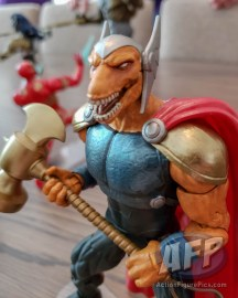 NYCC 2018 Hasbro Marvel Legends Beta Ray Bill (4 of 4)