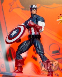 Toy Fair 2019 - Hasbro Marvel 80th Anniversary Legends - comic book (15 of 21)