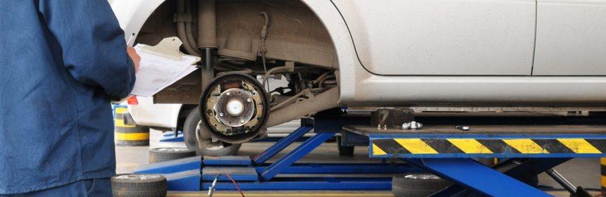 Brake Repair Pad Disc Rotor Replacement Actio