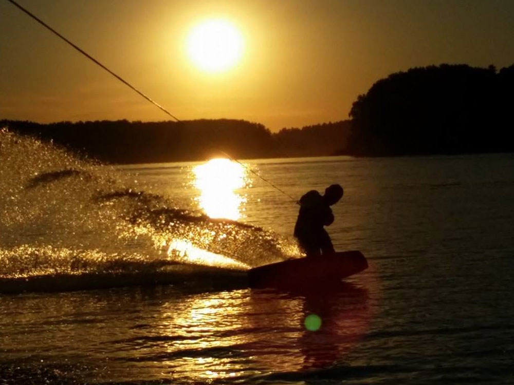 Wakeboard Girl Wallpaper Wakeboarding Thailand Wakeboarding In Rayong