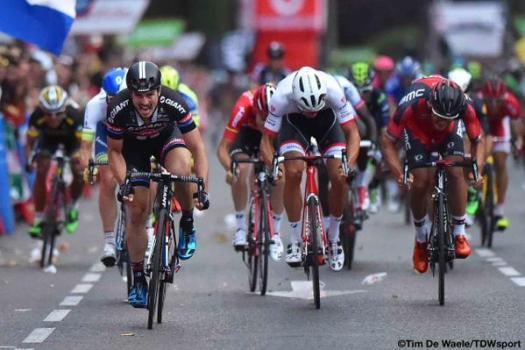 horizontaal_en_verticaal_sprint_in_wielrennen