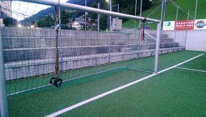 TRX Pull Training am Fußballplatz