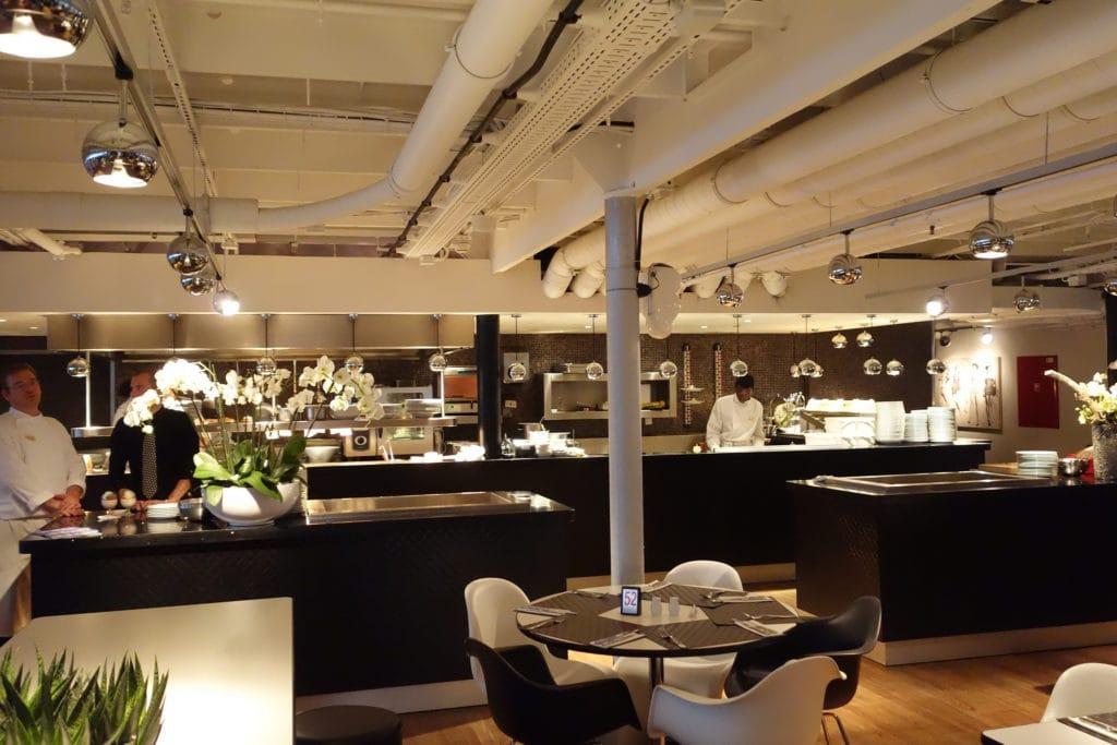 ss Rotterdam restaurant