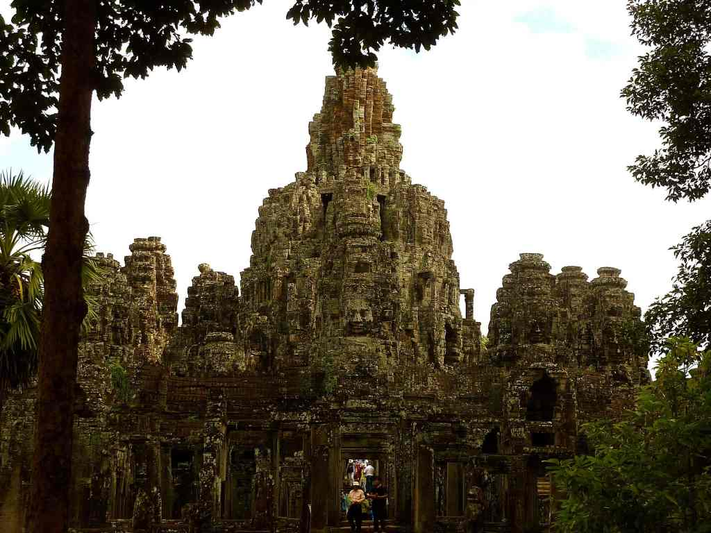 Temple of Bayon in full glory