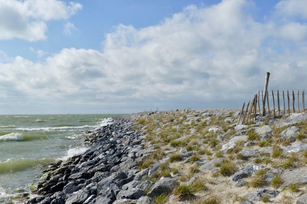 Marker Wadden rocky coast