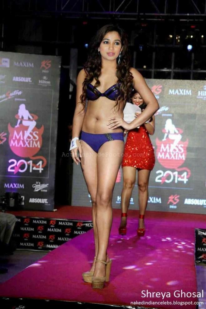 Indian Bollywood singer Shreya Ghoshal naked xxx porn images