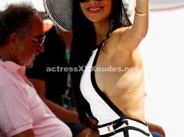 Nicole Scherzinger sexy side boobs images